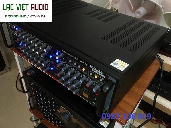 Amply Jarguar KMS1204-DSP PRO khe tản nhiệt phía trên máy