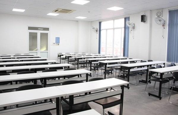Cấu hình lắp đặt âm thanh trường học cho các lớp thường sử dụng loa treo tường