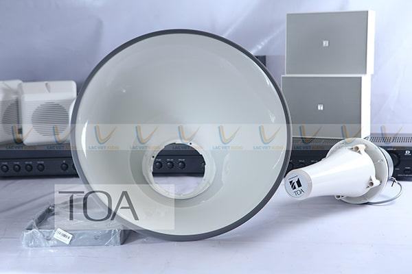 Vành loa TOA TC-631M làm từ nhôm chống rung giúp âm thanh ra sạch hơn